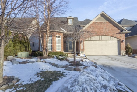 5510 River Park, Waterford Twp., MI 48327