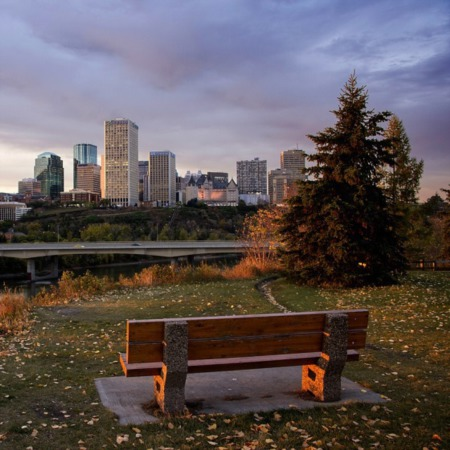 Living in Edmonton Alberta [THE PROS & CONS YOU NEED TO KNOW]