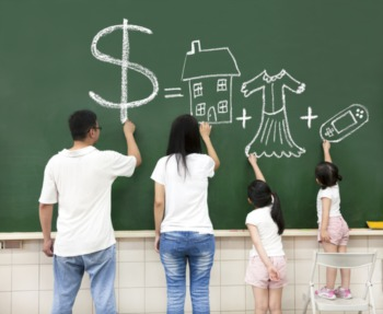 7 Ideas and Tools to Help You Create a Family Budget