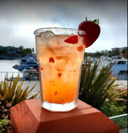Oxnard Beach restaurant the Raven Tavern is one of Oxnard's best new hot spots!