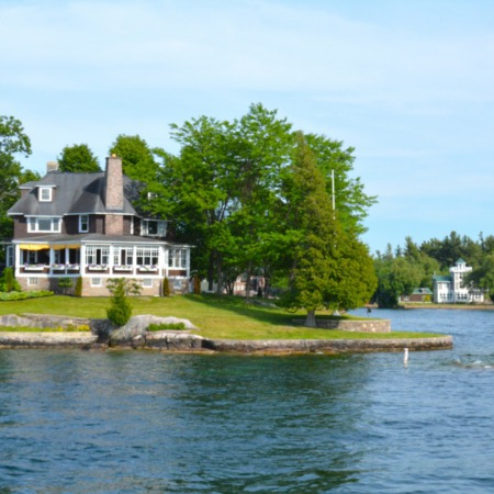 A Guide To Buying The Perfect Waterfront Home