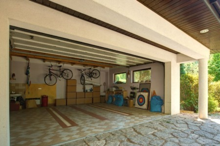 How To Maximize Your Garage Space