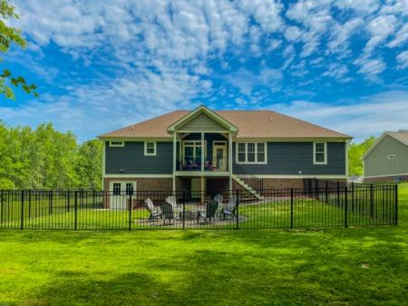 Home Tour of Gorgeous Roxboro House for Sale!
