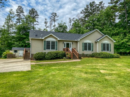 House for sale in Person County, NC - 193 Lily Lane Road