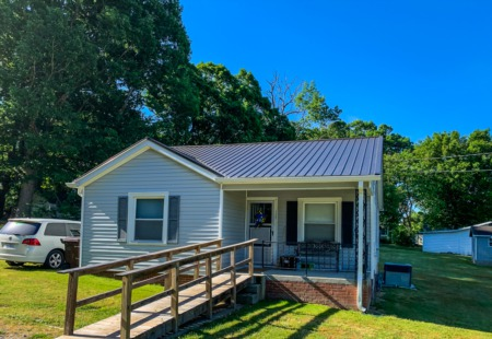 Sold! Bungalow in Roxboro