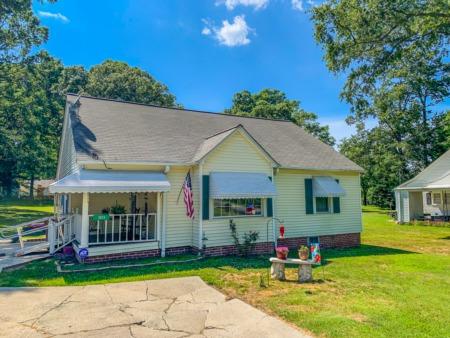 Home for Sale! 3526 Durham Road, Roxboro, NC 27573