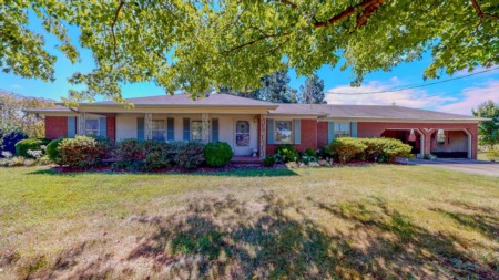 Price Drop! Awesome Rancher in Hurdle Mills, NC!