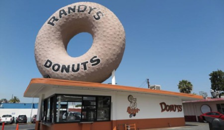 Randy's Donuts opening in Costa Mesa Soon