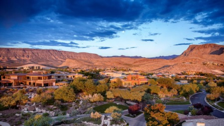 Living in Summerlin, NV: Pros & Cons + Guide to Living in Summerlin, Nevada