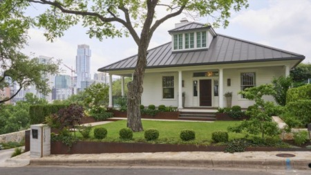 This Austin Home Looks Like a Traditional Craftsman. The Back of It Is Anything But.