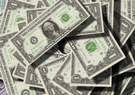 What Are the Pros and Cons of Buying a House in Cash?
