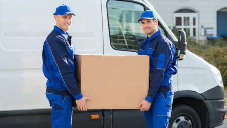 10 Crucial Questions To Ask Before Hiring Movers
