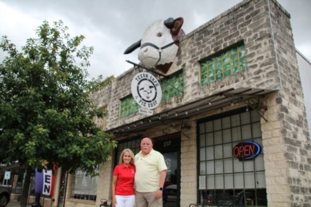 Texan Cafe & Pie Shop serves up Southern cooking, extensive pie selection