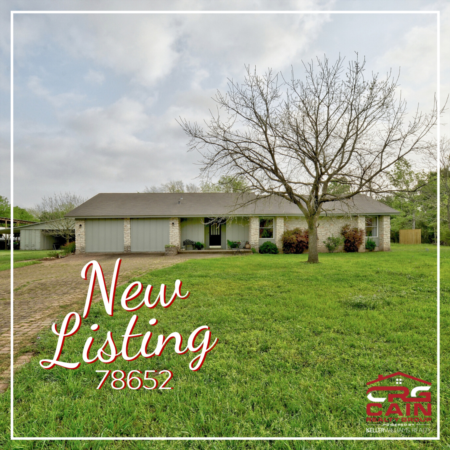 Hill Country Home On Secluded 1.4-Acre Cul-de-sac Lot, Now Available!