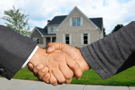 Why use an agent with F.C. Tucker Emge Realtors?