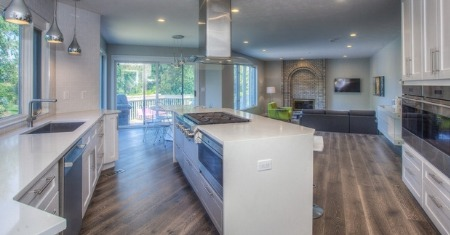 The Pros and Cons of an Open Concept Kitchen