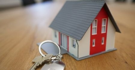 Buying and Selling a Home Through the Eyes of Experience