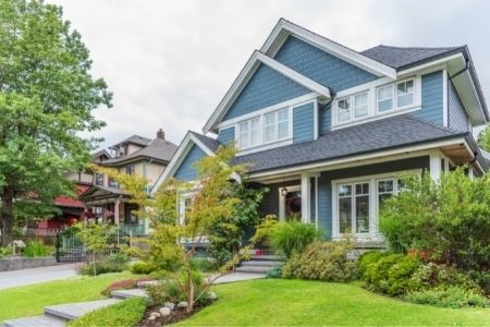 4 Easy Home Improvements To Increase Curb Appeal