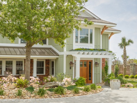Curb Appeal Basics: A Checklist for Home Sellers
