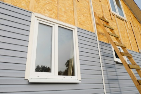 When to Repair or Replace Home Siding