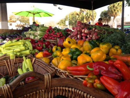 Eat Fresh – Mothers Farmers Market