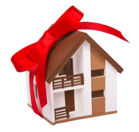 Home Buying During the Holidays: A Smart Decision?