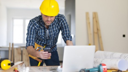 Questions to Ask a Contractor When Discussing Renovation Plans
