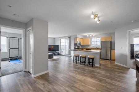 Real Estate Crush | Sophisticated Summerwood Condo