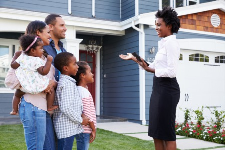 An Informative Guide to Buying a Home