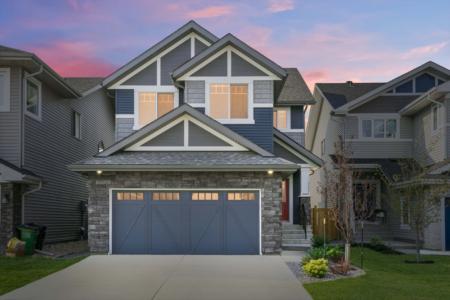 Real Estate Crush | Glamorous Glenridding Home