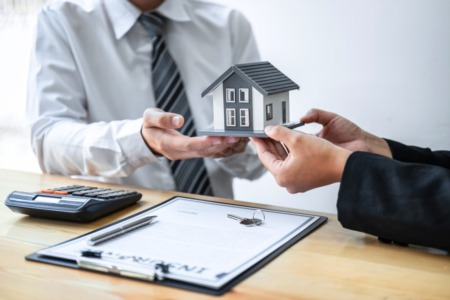 Tips to Help You Choose the Right Homeowners Insurance