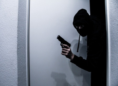 6 Things Professional Burglars Don't Want you to Know