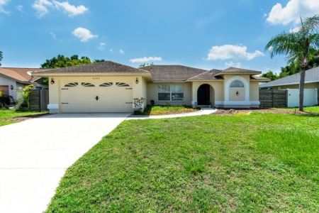 Just Listed! 4605 35th Court East