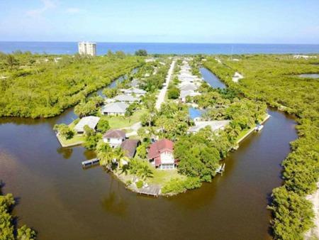 New Listing Alert! 902 Jackson Way, Hutchinson Island, FL 34949