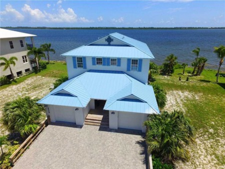 New Listing Alert! 9448 52Nd Ct., Sebastian, FL 32958
