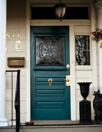Increase the value of your Home DIY for cheap: Tip 2: Front Door Makeover