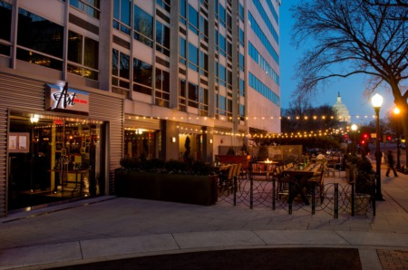 Finding the Right Party Venue for Your Holiday Celebration