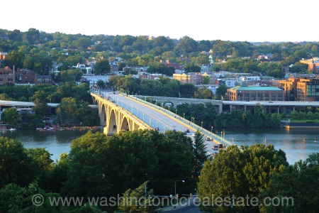 Be in the Know:  Georgetown Offers Waterfront Living