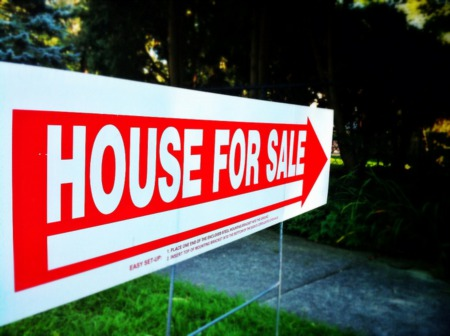 Homes Stay On The Market For Fewer Days