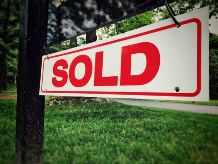 Americans Say Now Is The Time To Sell A House
