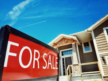 Homes For Sale Stay On The Market Longer