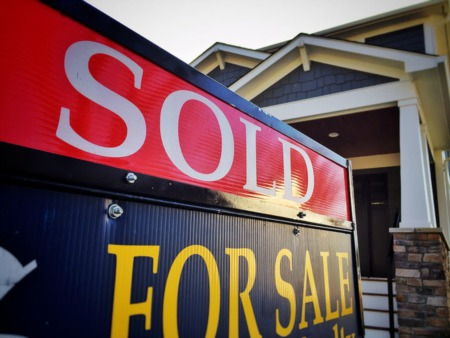 Mortgage Rate Increase Doesn't Deter Home Buyers