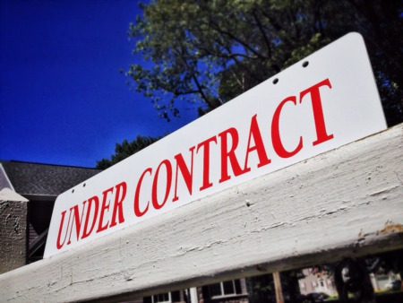 Favorable Conditions Push Signed Contracts Higher