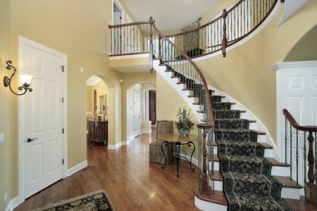 The Waning Popularity Of Two-Story Foyers