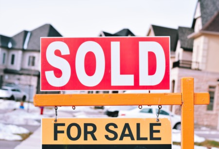 Homes Stay On The Market For 41 Days In December (National Average)