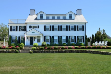 Recent Home Buyers Buy Bigger