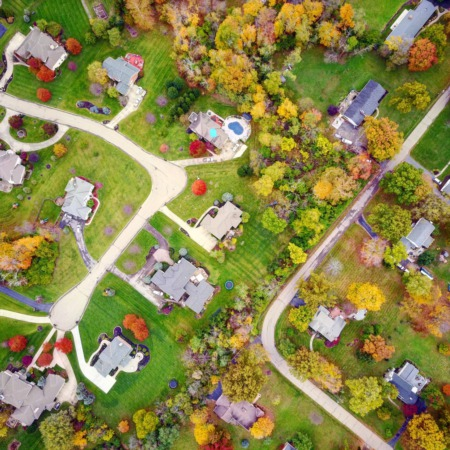 Suburban Homes Sell Faster Than City Listings