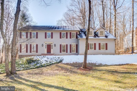 Our New Listing is a Little Slice of Heaven for Sale in Warrenton, VA