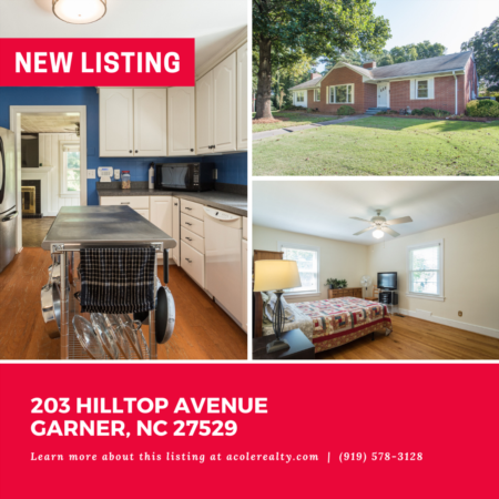 *NEW LISTING* Highly sought-after spacious brick Ranch home on a corner lot in a convenient Garner location