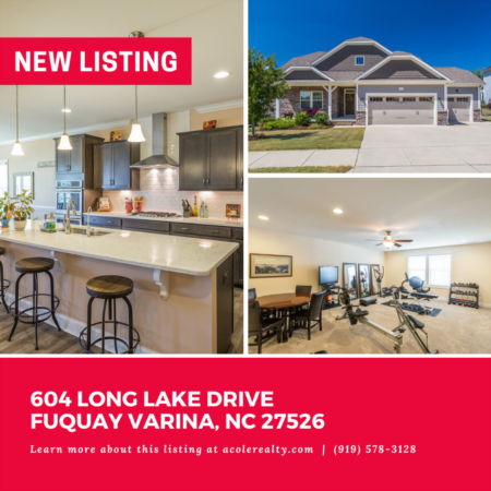 *NEW LISTING* This beautiful 'like new' home on a fantastic lot.